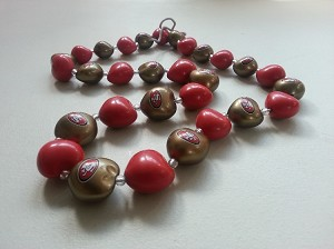 NFL San Francisco 49ers Synthetic Kukui Nut Lei Necklace