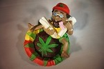 JAMAICAN MAN WITH TWO LARGE BLUNTS ASHTRAY (LT117)